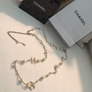 Authentic CHANEL pearl necklace 👸